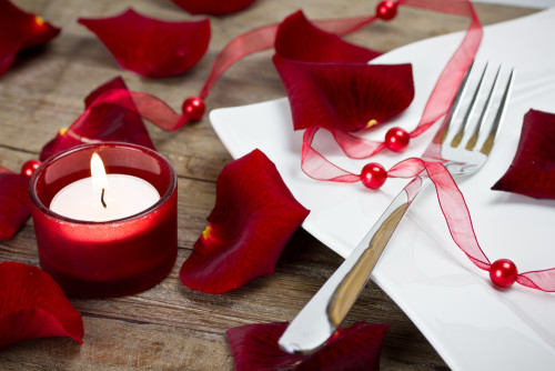 celebrate valentine's day in your apartment