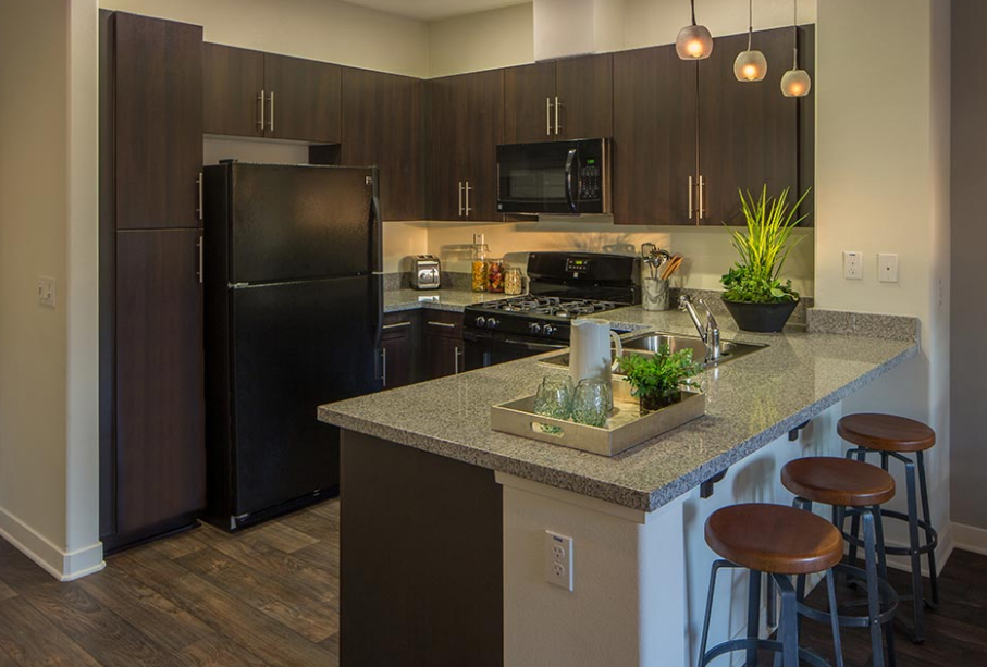 How to pick the perfect apartment floor plan for your for Casa lago apartments
