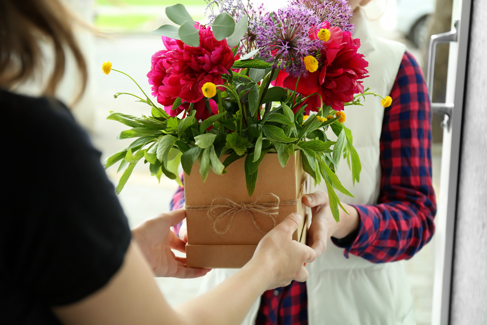 gifting someone flowers