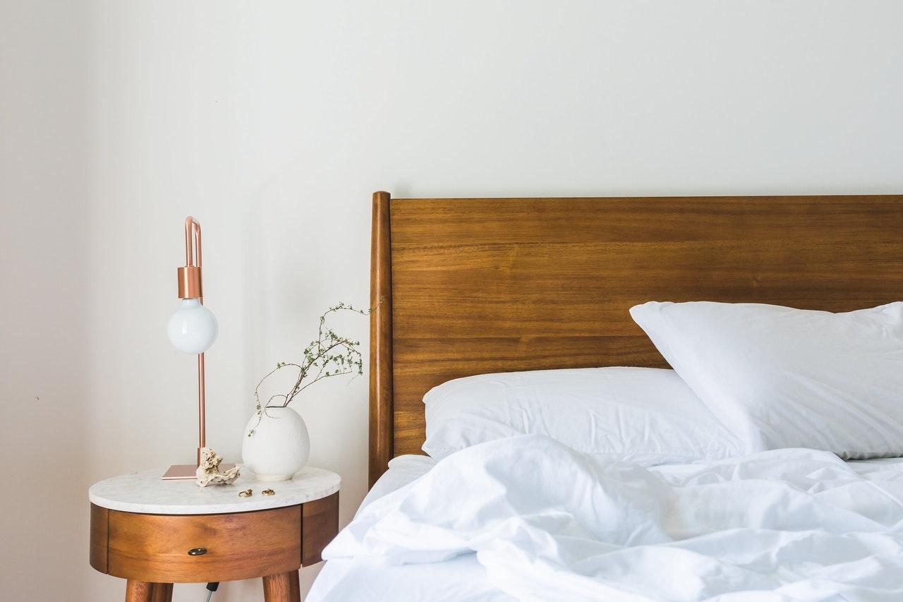 bedroom |summer decor for the bedroom