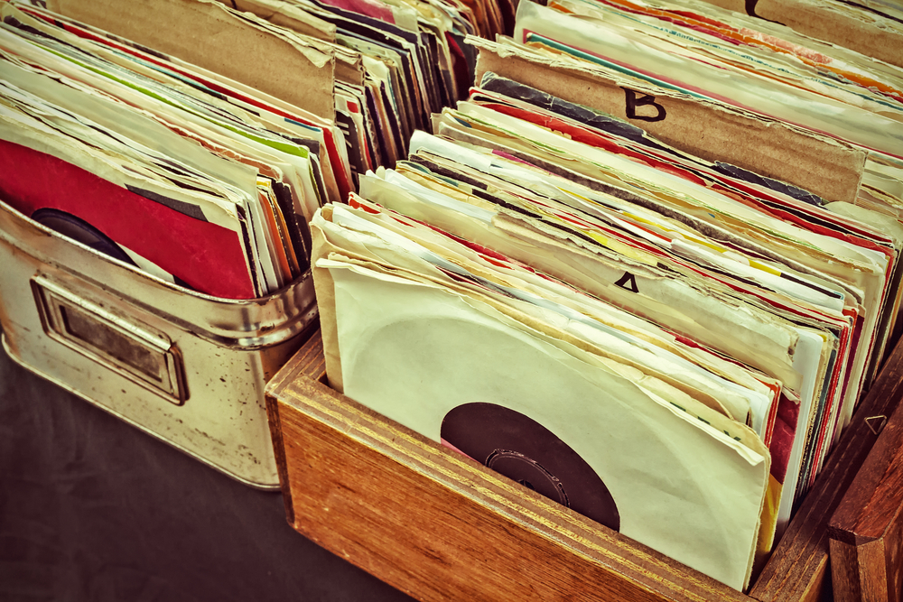 record collection | curate your own gallery wall