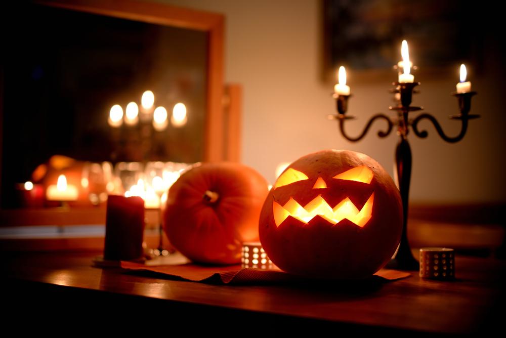 stylish halloween decor